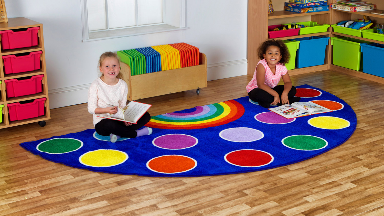 petit tapis arc en ciel de kit for kids par ludesign ludomania. Black Bedroom Furniture Sets. Home Design Ideas